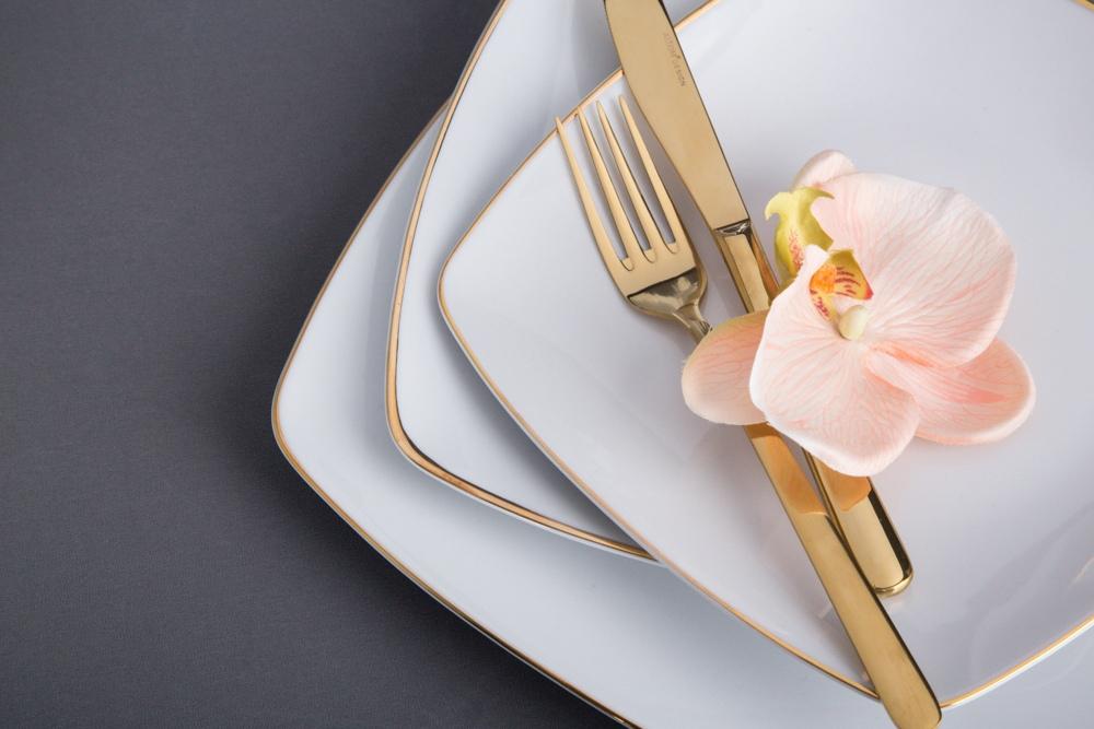 MariaPaula Moderna Gold dinner set 6/18