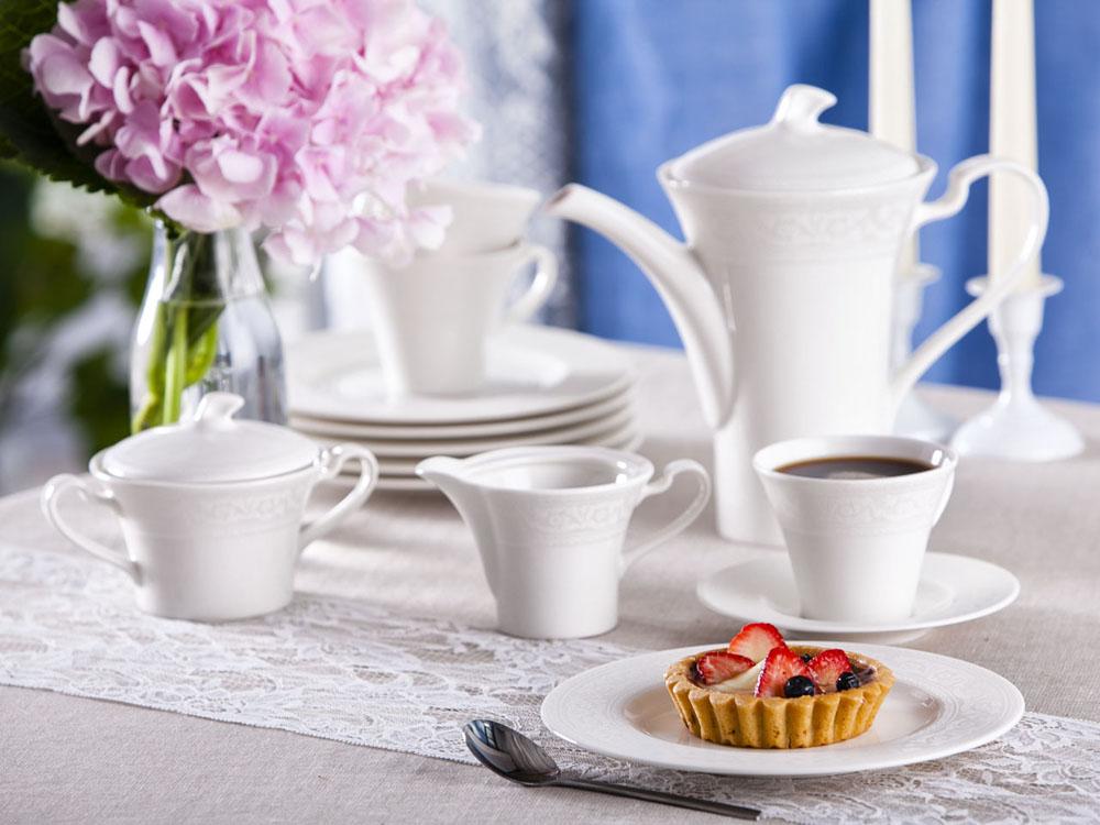 Zestaw kawowy dla 12 osób porcelana ecru Karolina Lorel, dekoracja