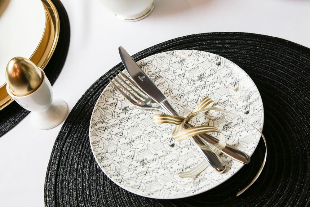 Talerz deserowy porcelanowy Altom Design Złoty Zajączek 20 cm
