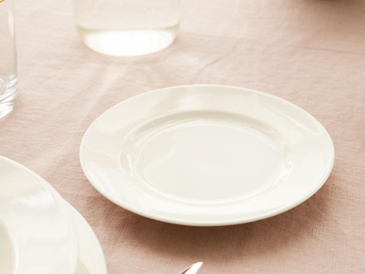 Talerz deserowy porcelanowy MariaPaula Ecru Nova 17 cm