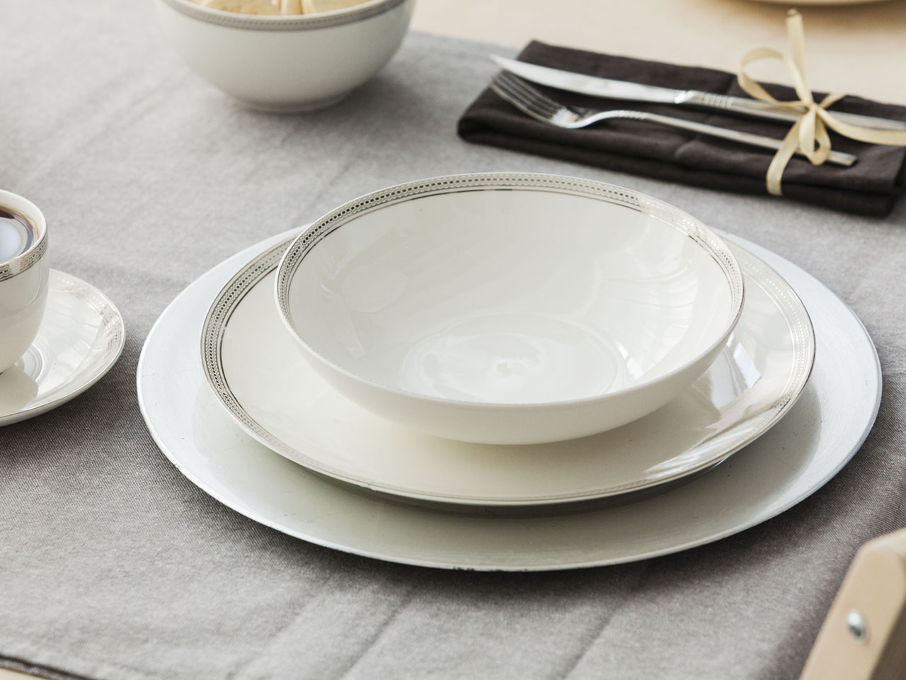 Bella Elegant soup plate 20 cm NBC 450ML