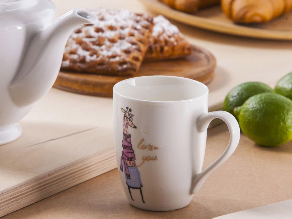 Kubek do kawy i herbaty porcelanowy Altom Design dek. Pani Żyrafa 320 ml