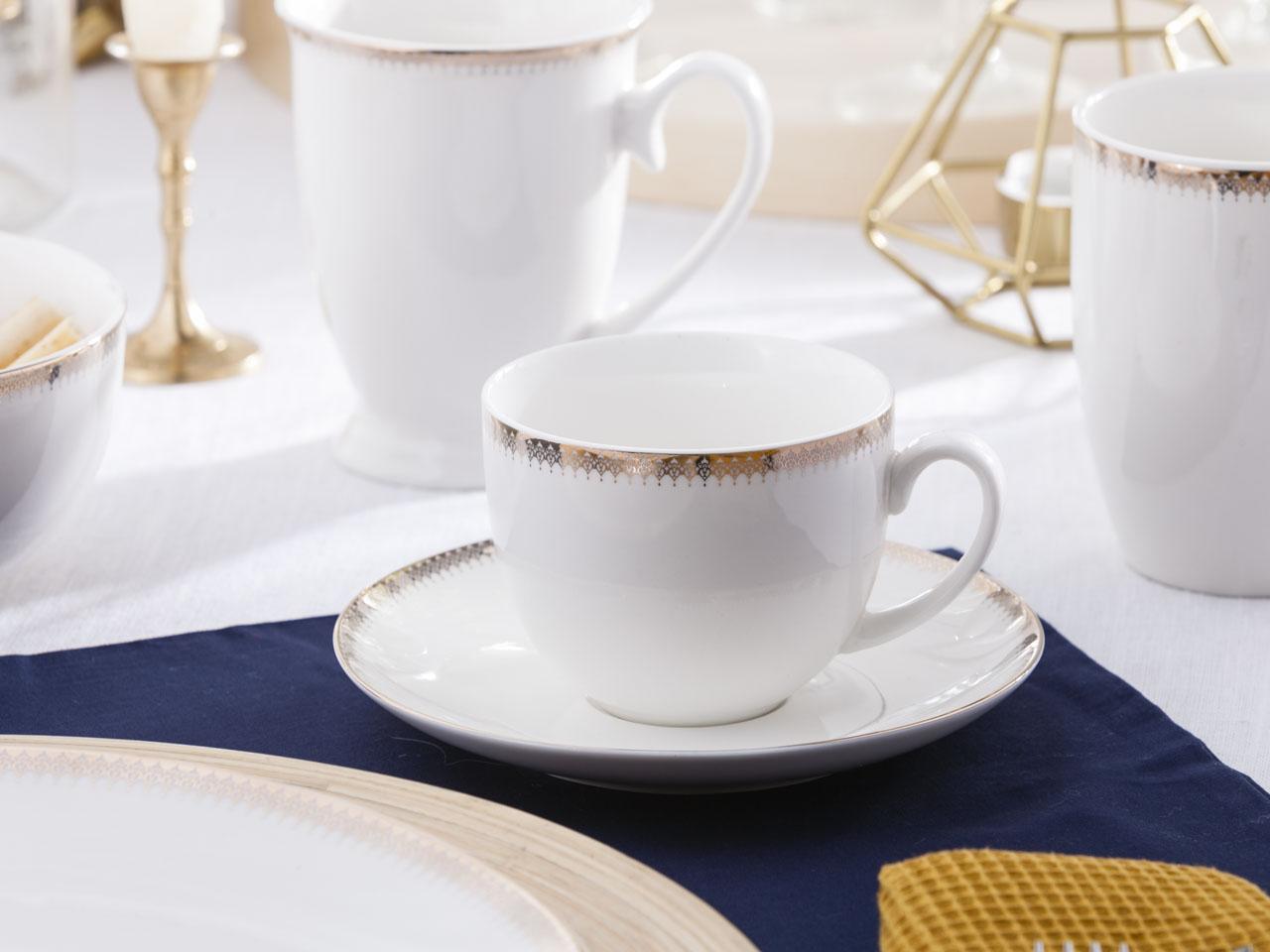 Filiżanka do kawy i herbaty ze spodkiem porcelanowa Altom Design Bella Złota Girlanda 200 ml