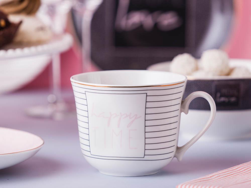 Duża filiżanka do kawy i herbaty porcelanowa Jumbo Altom Design More Love White 400 ml