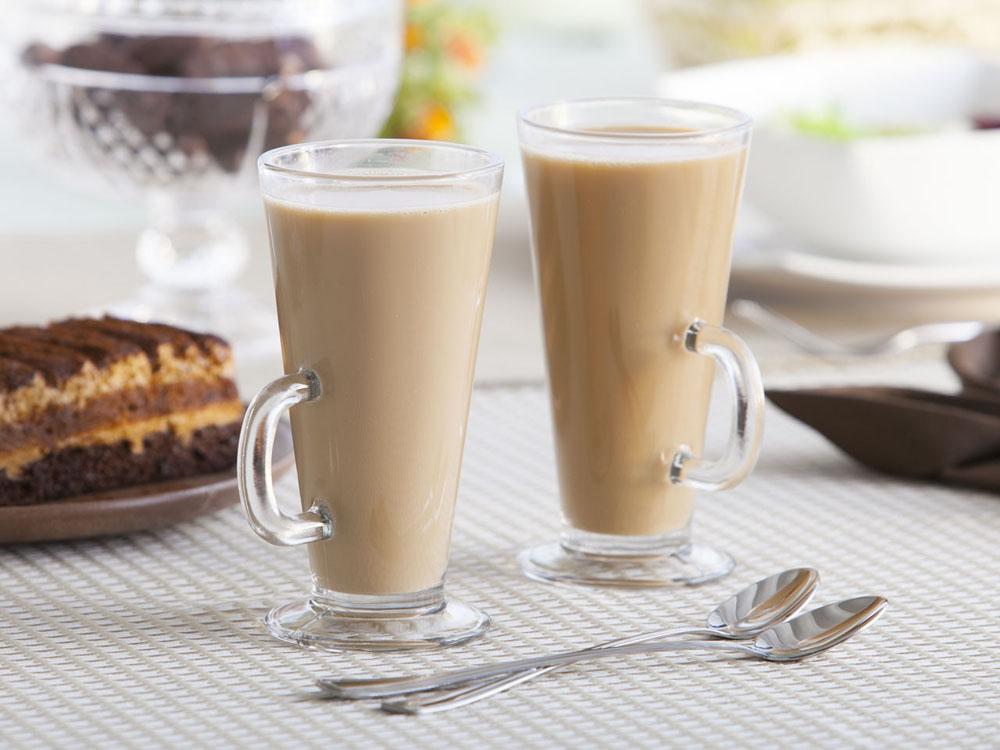 Szklanki do kawy latte Altom Design, zestaw 2 szklanek + łyżeczki koktajlowe