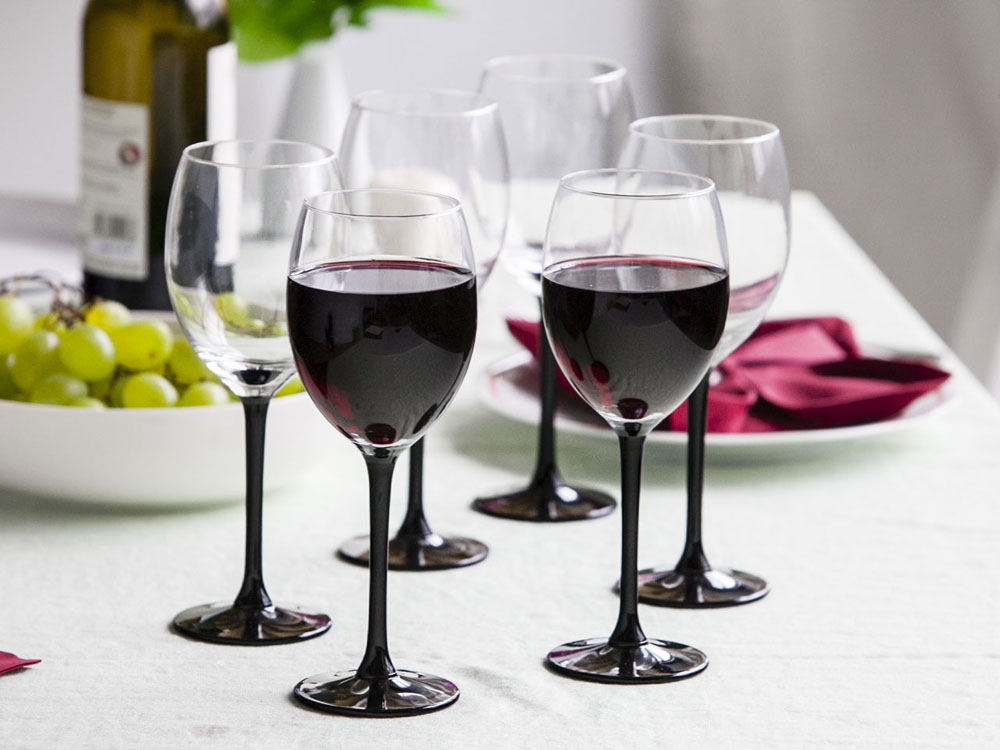 Onyx set of 6 red wine glasses 330ml
