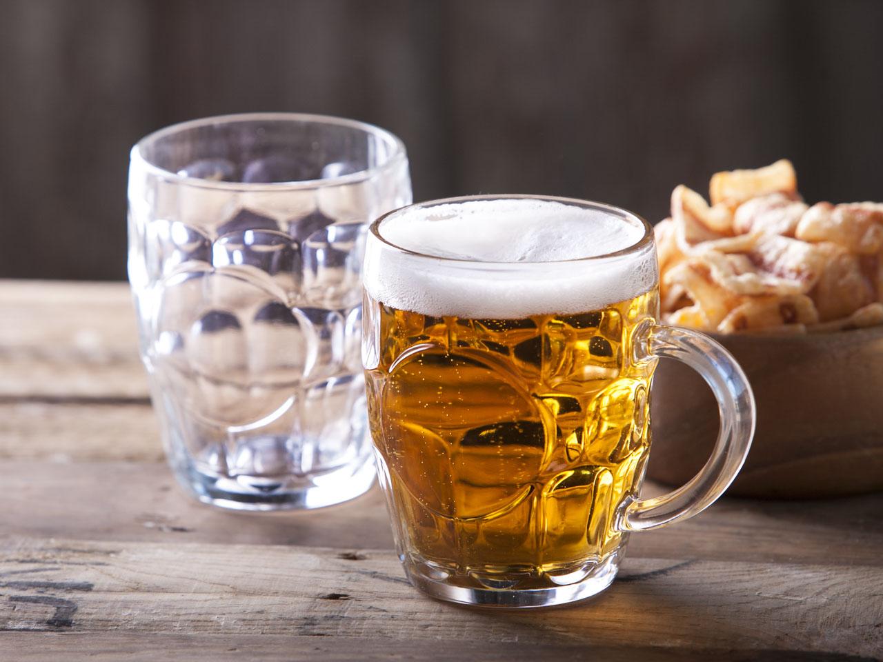 Kufle do piwa szklane COK England 560 ml (2 sztuki)