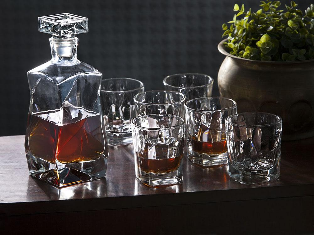 Zestaw do whisky Hrastnik karafka i szklanki (6 szt.), opakowanie prezentowe