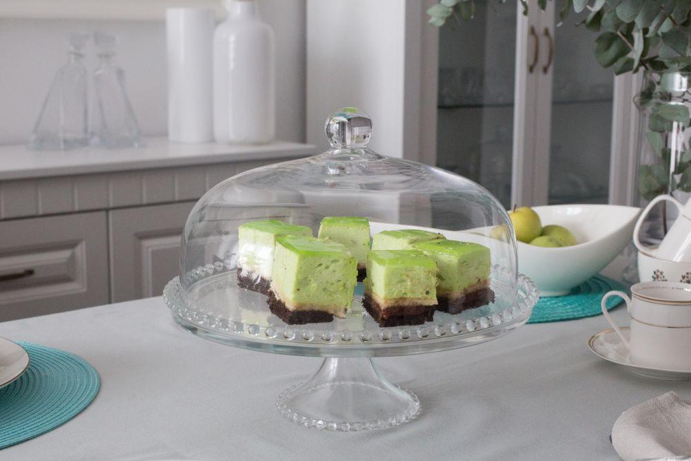 Patera na ciasto i tort z kloszem na nóżce szklana Huta Jasło 32 cm