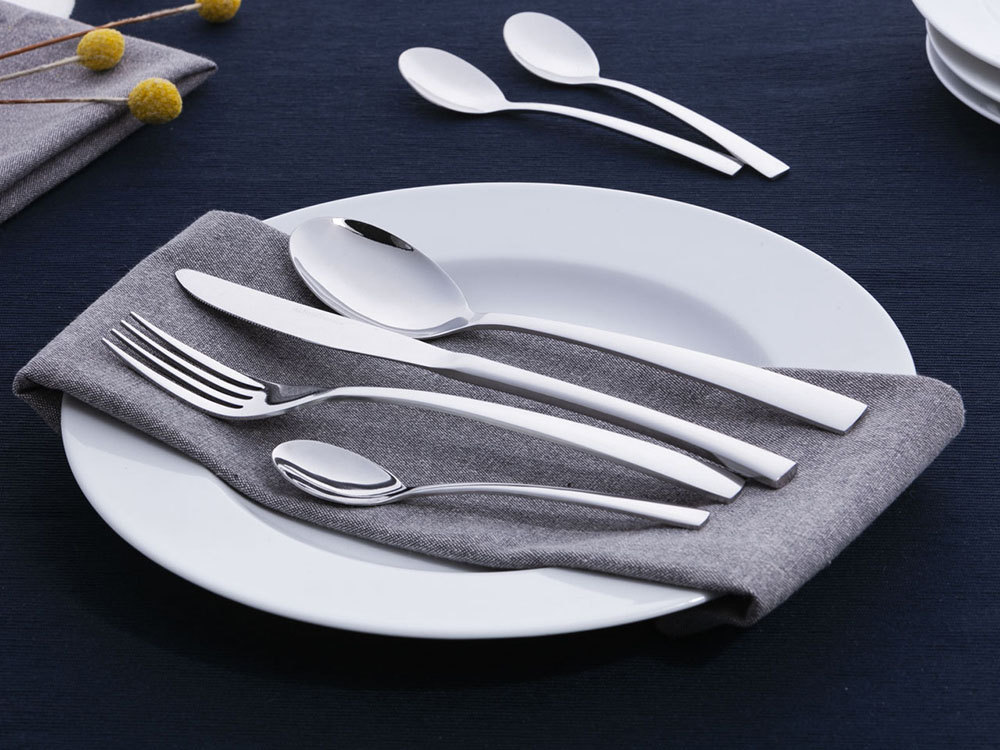 Future 24 pcs cutlery set  in gift box