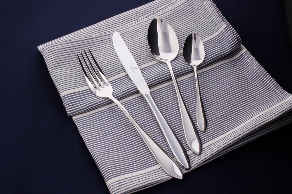 MONA 24 pcs cutlery set polished flock