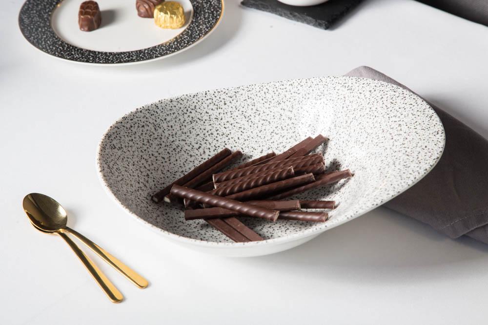 Salaterka / miska porcelanowa nieregularna Altom Design Granit biała