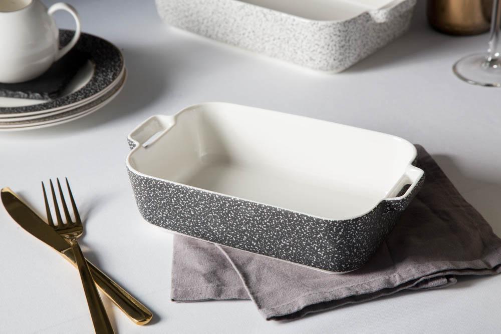 Naczynie do zapiekania porcelanowe Altom Design Granit 24 cm prostokątne czarne