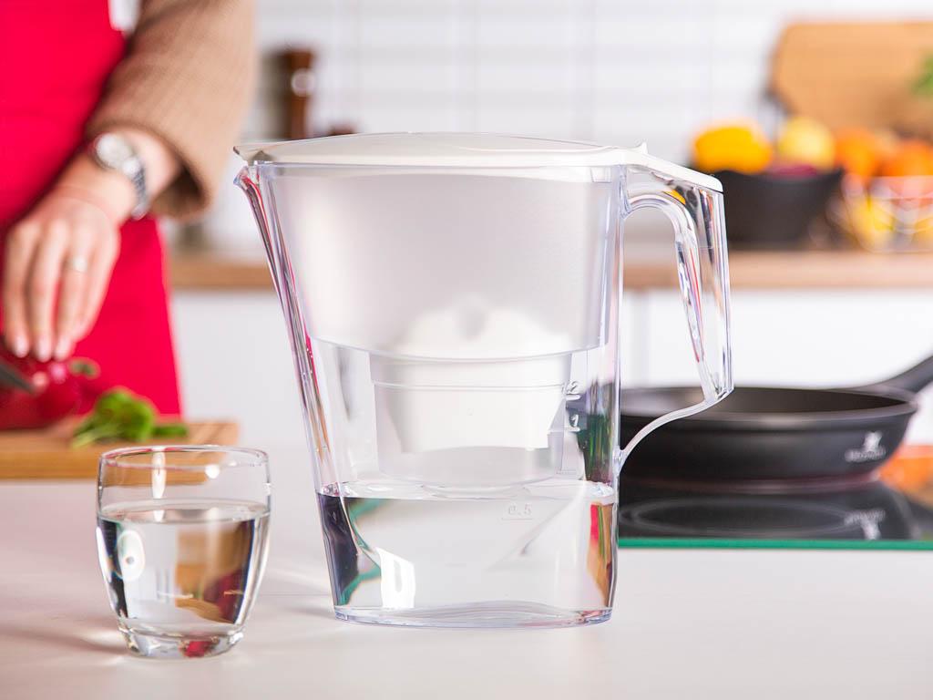 Dzbanek filtrujący wodę Time B100-25 Maxfor biały + wkład 2,5 l