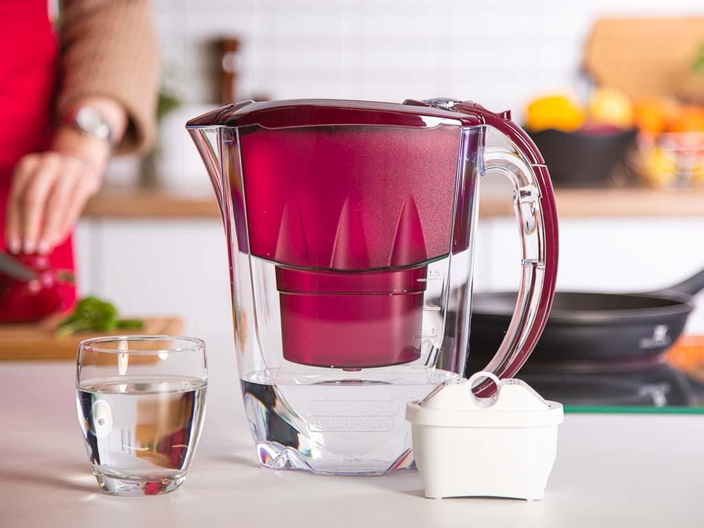 Dzbanek filtrujący wodę Amethyst B100-25 Maxfor wiśniowy + wkład 2,8 l
