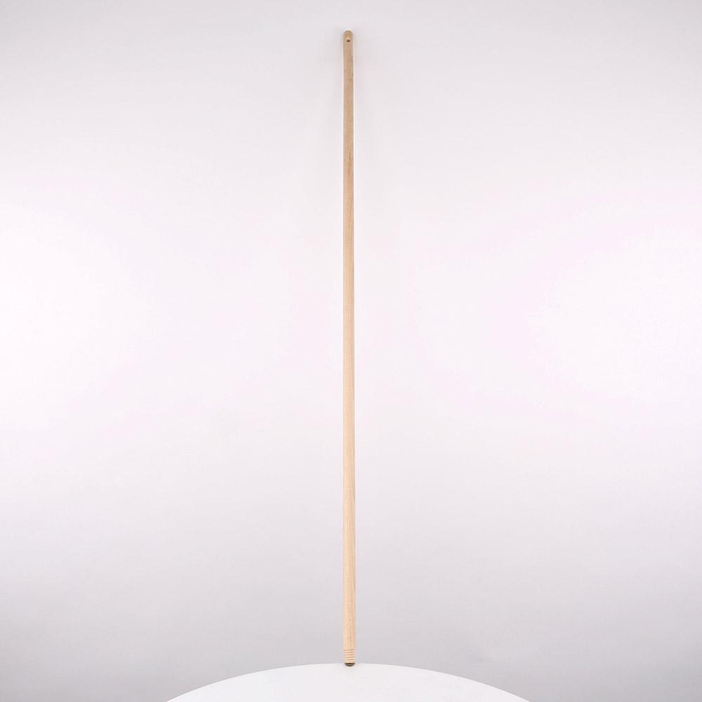 Kij do szczotki drewniany z gwintem Roan 130 cm