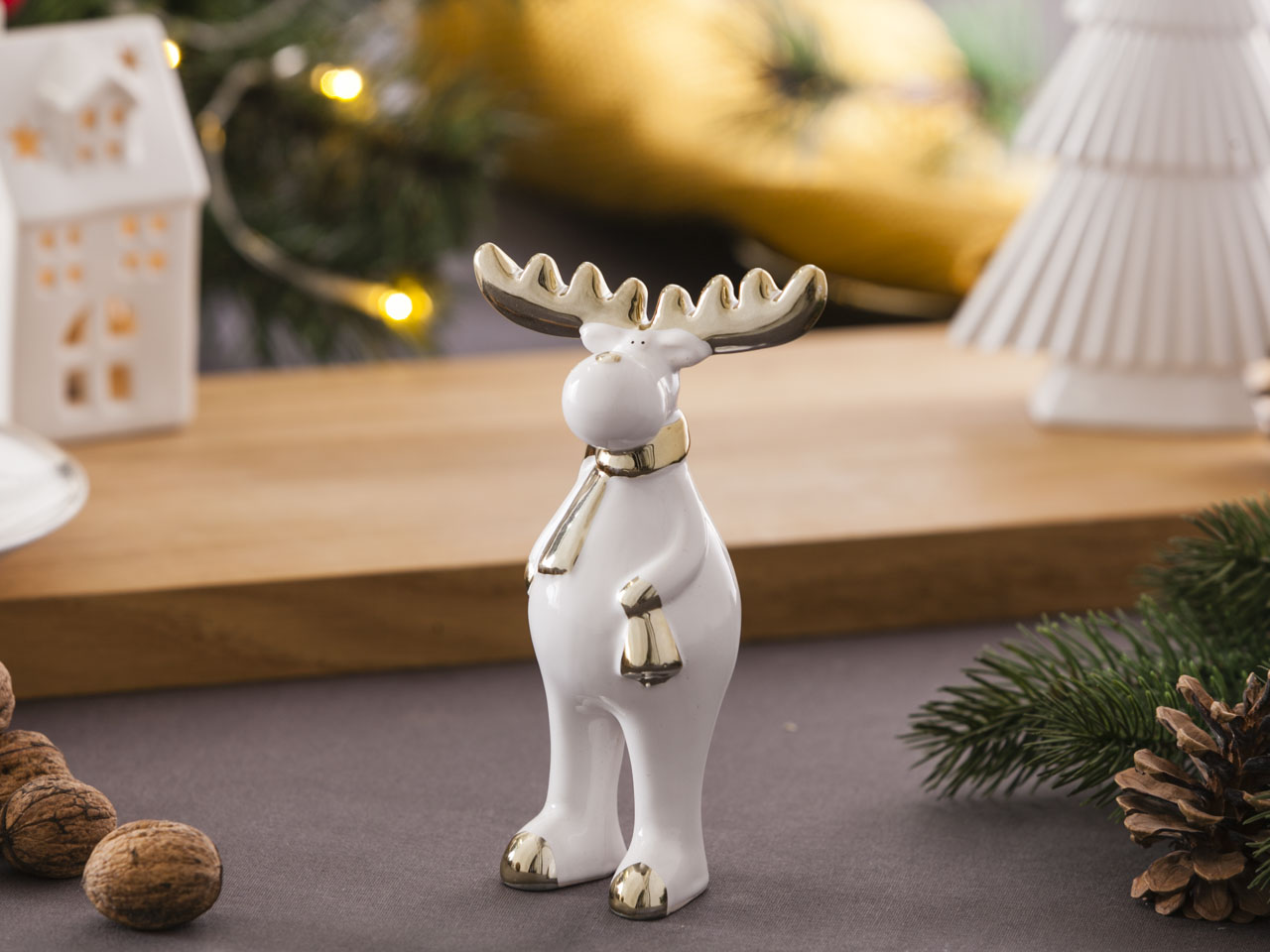 Ozdoba / figurka / dekoracja świąteczna Boże Narodzenie Altom Design renifer biały ze złotem stojący 9x5,5x15,5 cm