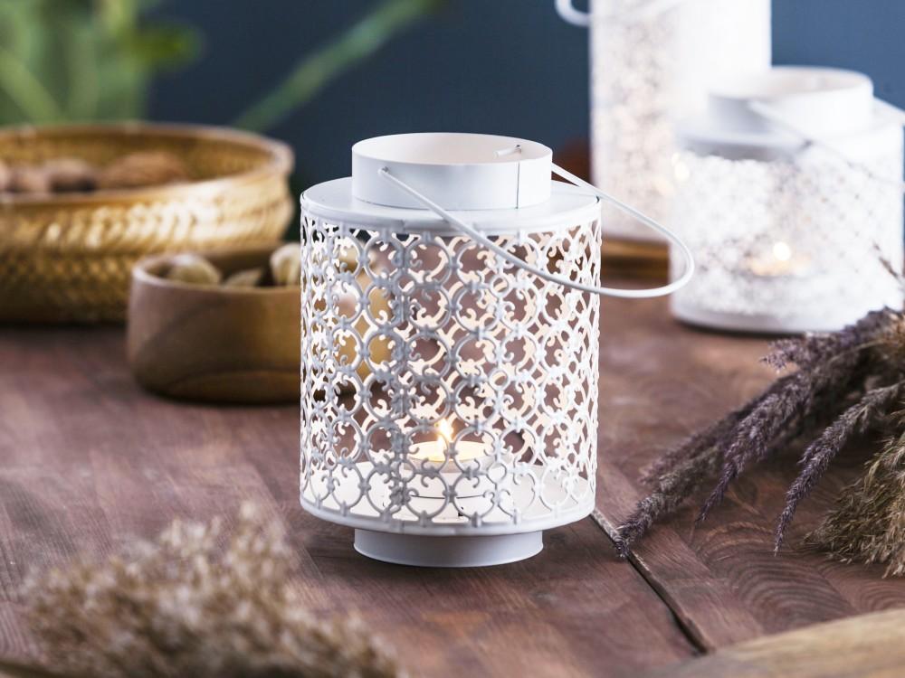 Latarenka / latarnia / lampion ozdobny wiszący Altom Design metalowa / ażurowa biała 13,3x18,5 cm