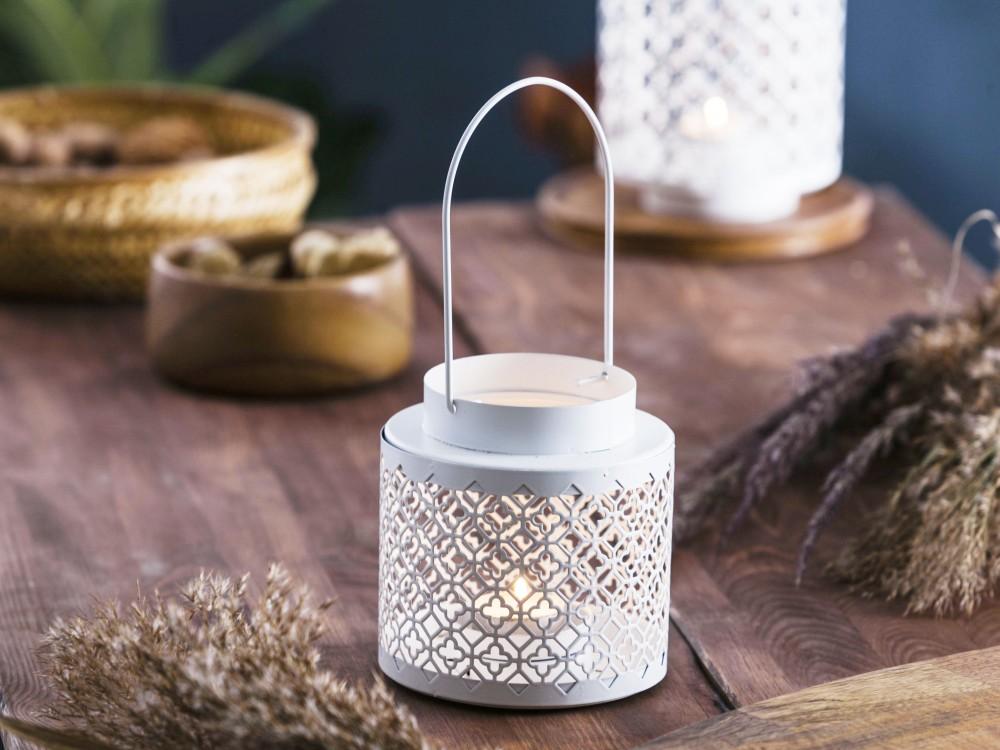 Latarenka / latarnia / lampion ozdobny wiszący Altom Design metalowa / ażurowa biała 12,2x11,8 cm