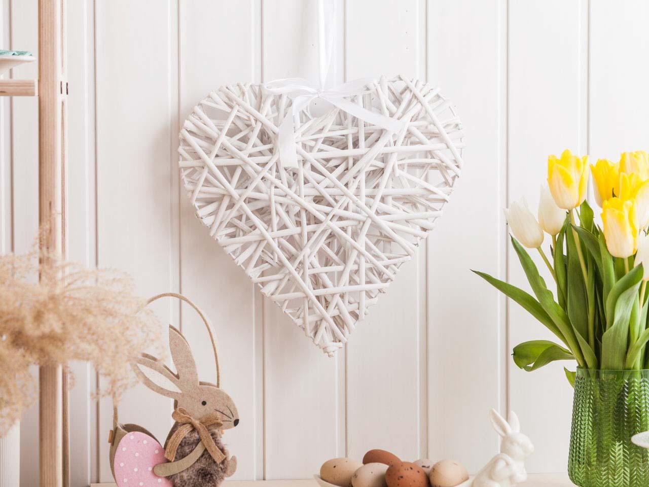 Ozdoba / zawieszka wiklinowa Altom Design serce białe 32x36 cm