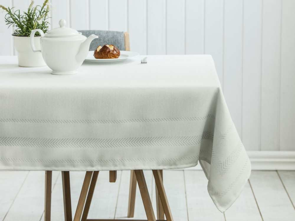Obrus na stół Altom Design dek. Proste Paski Srebrny 140x180 cm