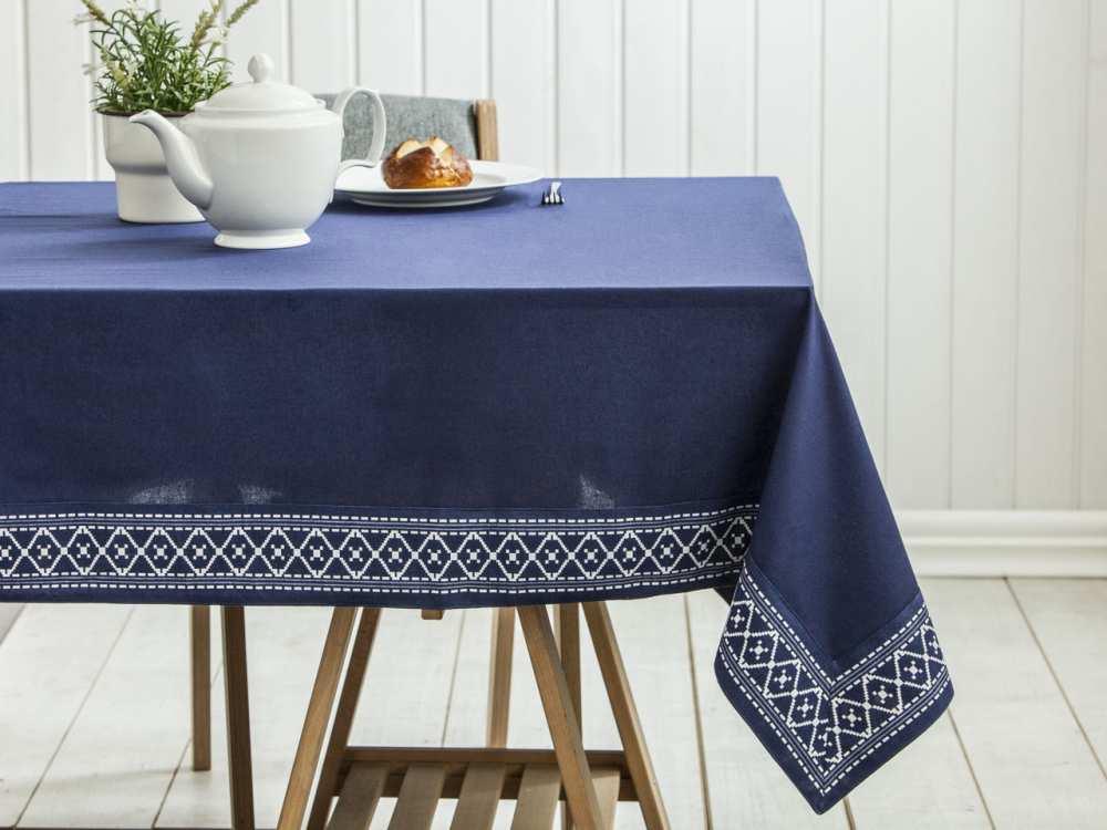 Obrus / Serweta na stół Altom Design Granatowy z wykończeniem ozdobnym 160x240 cm